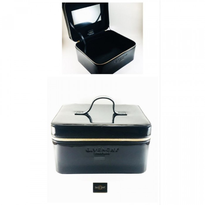 Givenchy Accessories - Colour: Black - 25cm x 21cm x 13.5cm by Givenchy (Makeup Case) (Women)