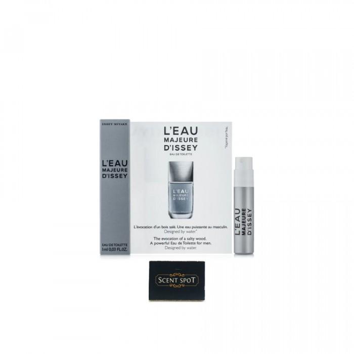L'eau Majeure D'issey by Issey Miyake (Vial / Sample) 1ml Eau De Toilette Spray (Men)